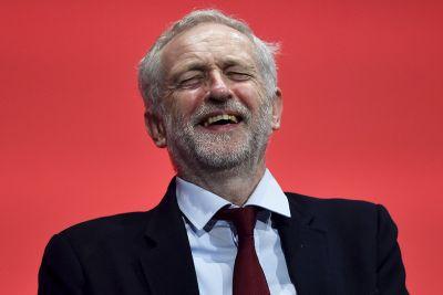 Jeremy Corbyn foxhunting